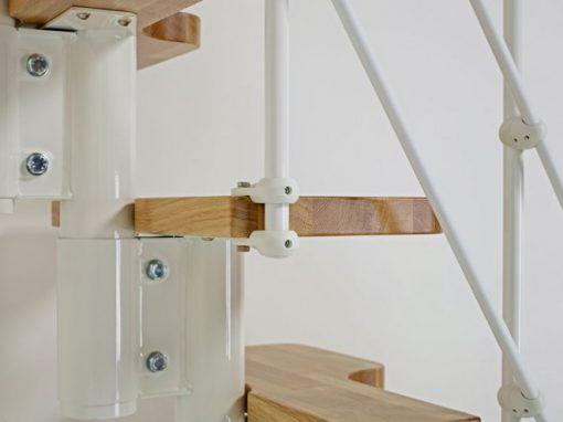 Sierlijke ruimtebesparende bouwpakkettrap, Fontanot Oak 30 Xtra
