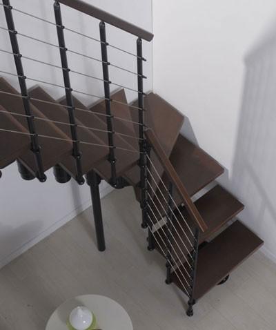 Makkelijke stalen zelfbouw steektrap, Fontanot Arkè Komoda 89 cm