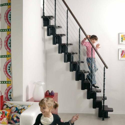 ruimtebesparende trap kya zwart